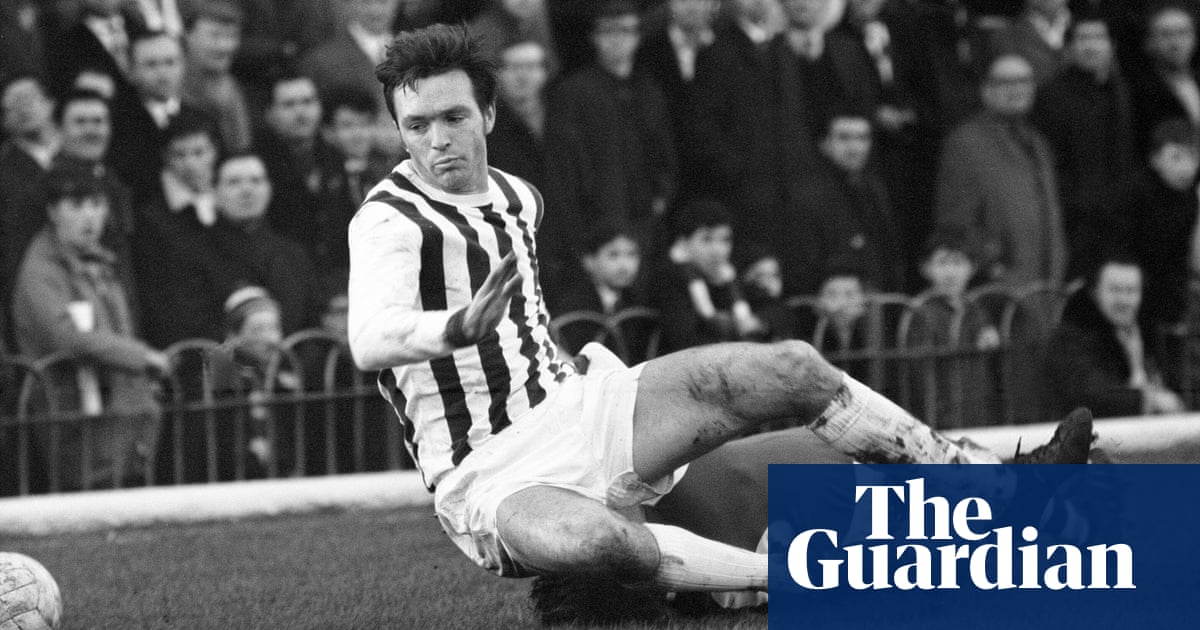 Q&A: Why are so many former footballers suffering from dementia?