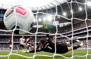 Tanguy Ndombele of Tottenham Hotspur scores his team's equaliser.