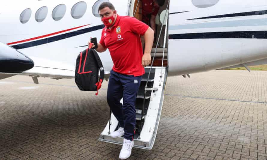 Jamie George arrives in Jersey to join up with the British & Irish Lions squad