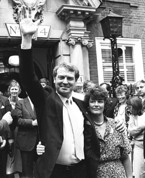 Ashdown, with his wife Jane, on the day he was elected the leader of the new Social and Liberal Democratic party.