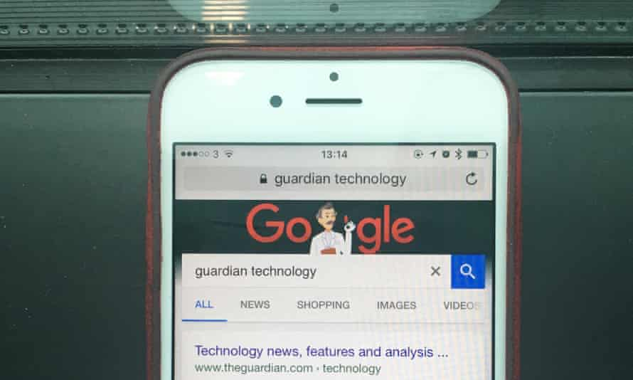 iOS mobile Safari showing Google as default search engine.