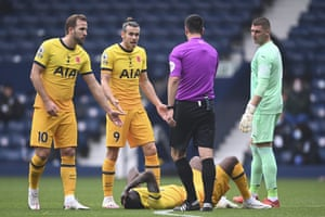Kane and Bale argue with Referee Andy Madley