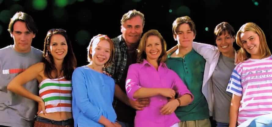 A promo shot for the Australian television series Always Greener (2001-2003).
