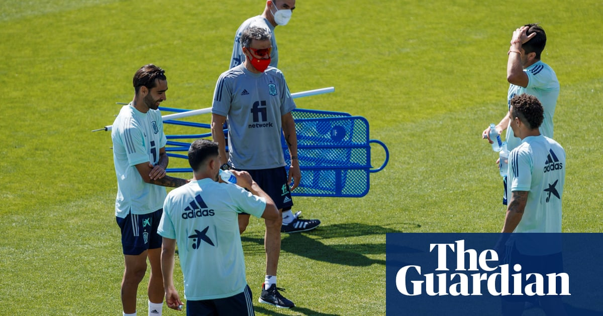 Luis Enrique worried about Covid vaccine side-effects on Spain's squad