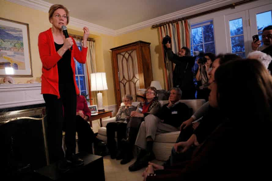 Elizabeth Warren speaks at a house party in Concord, New Hampshire on Saturday.