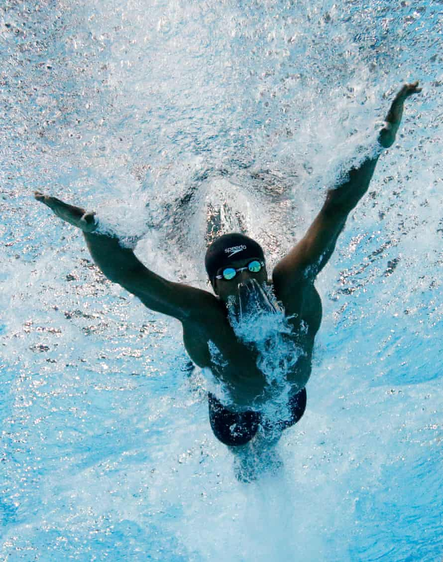 Issa Mohamed competes at the 2014 Commonwealth Games