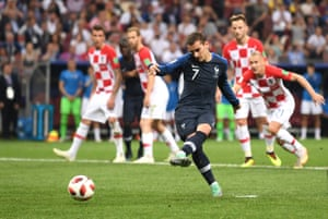 Antoine Griezmann slots home from the spot.