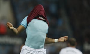 Dimitri Payet covers up after missing a good chance.