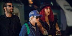 Manipulation … Jim Sturgess, Kristen Stewart and Laura Dern.