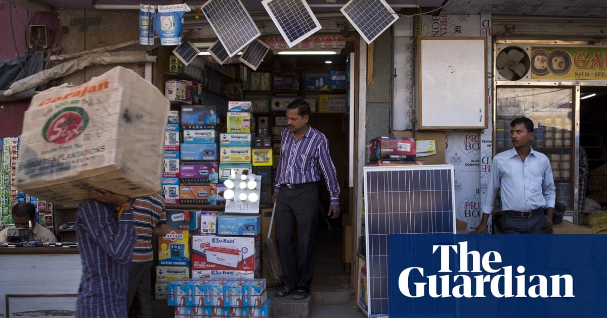 indian solar power prices hit record low undercutting fossil fuels environment the guardian