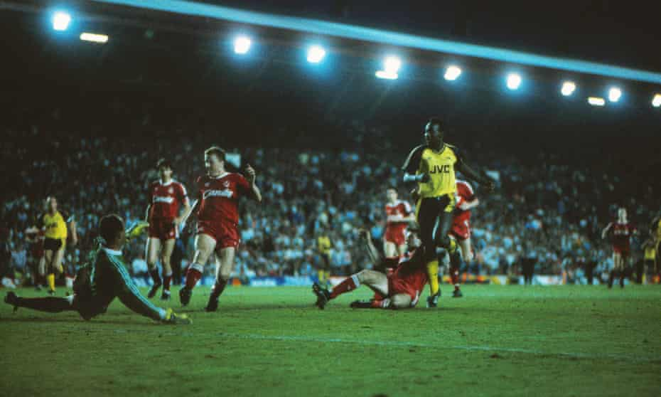 Michael Thomas scores at Anfield