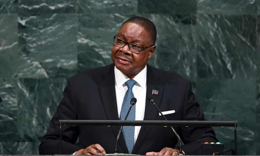 The Malawian president, Peter Mutharika, has been visiting parts of the country affected by the vampire scare.