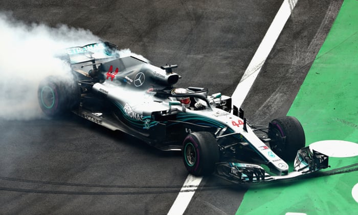 Lewis Hamilton wins fifth Formula One world title at Mexico