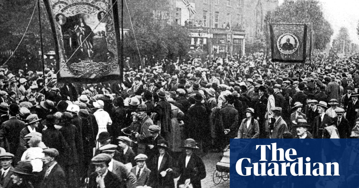 Historians call for opening of secret Northern Ireland files to mark centenary
