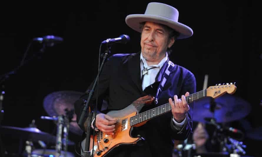 The song Hurricane, about the boxer Rubin Carter and his wrongful conviction for murder, was among seven composed by Dylan and Jacques Levy on Desire.