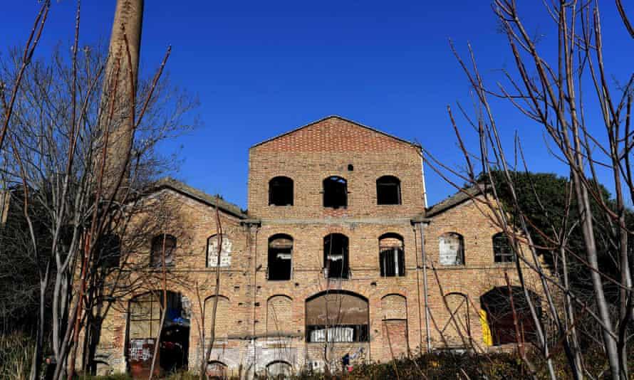 Mira Lanza factory has stood abandoned since 1957