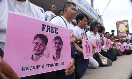 People protest against the jailing of journalists Wa Lone and Kyaw Soe Oo