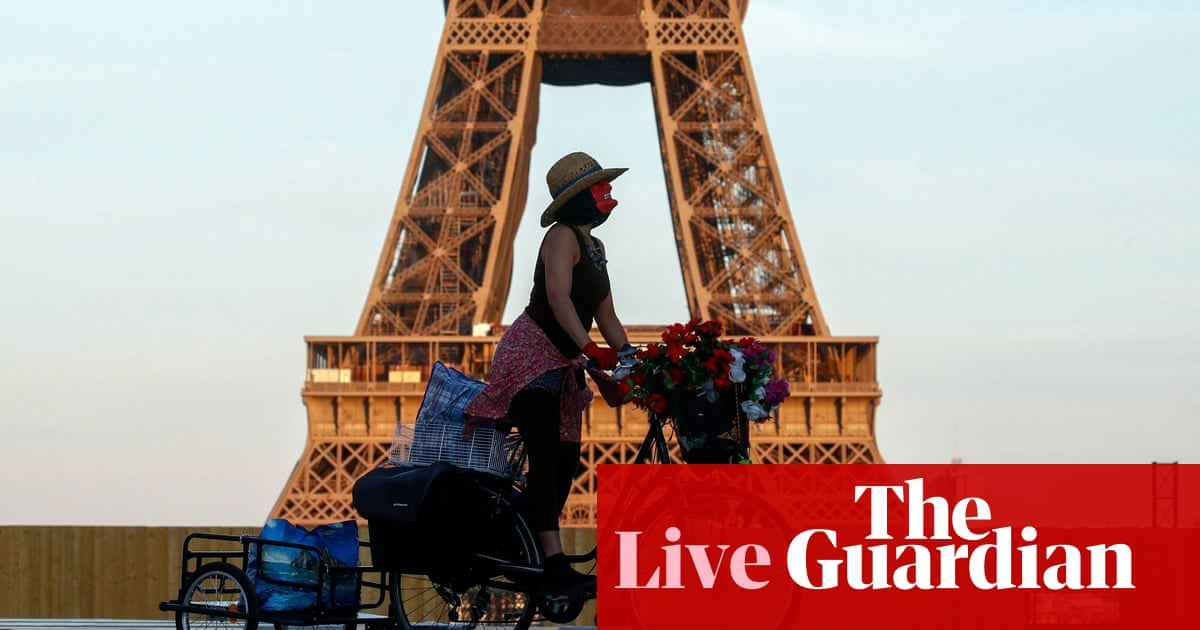Eurozone GDP: France beats expectations with 0.4% growth – business live