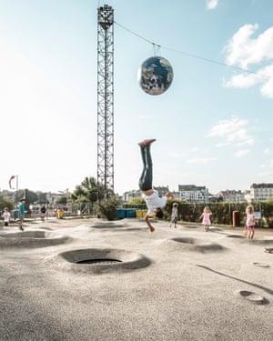 """13441 - Detroit architectes, playground """"On va marcher sur la lune"""", parc des Chantiers, étape du Voyage à Nantes 2016 © Franck Tomps / LVAN - Publié"""