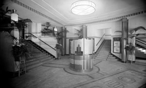 Entrance foyer to Chingford Mount Odeon, circa 1935.
