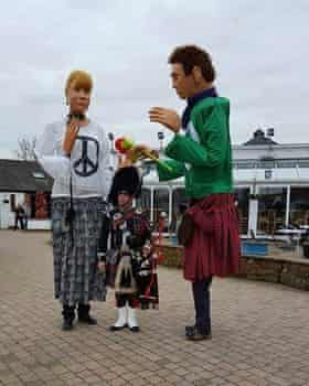 Scottish CND's giant puppets, CiNDy and Big Sandy.