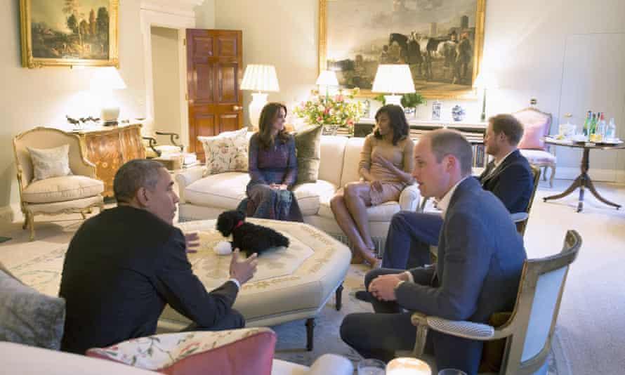 Obamas visiting Kensington Palace