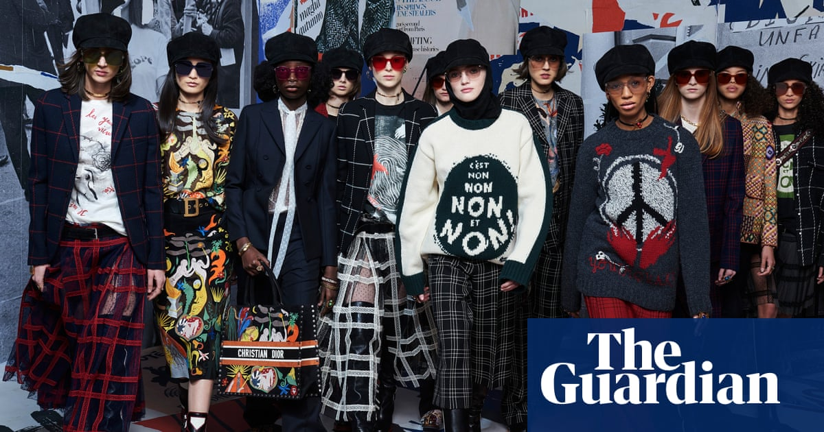 8b7480f0b8 Paris fashion week autumn/winter 2018: the key shows – in pictures ...