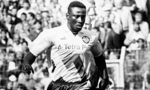 Jürgen Klopp: 'Tony Yeboah was one of the greatest strikers who played in Germany apart from Gerd Müller.'