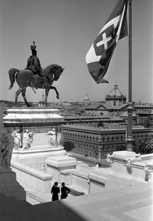 Monument to Vittorio Emanuele II (Il Vittoriano), 1930s