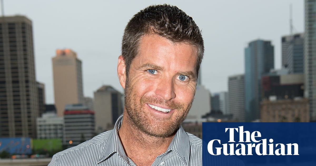 Pete Evans dumped by Channel Ten Coles and Woolworths after posting neo-Nazi symbol – The Guardian