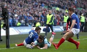 Sean Maitland dives in to score for Scotland in the corner.
