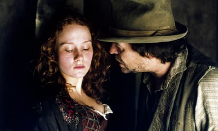 Nancy (Leanne Rowe) and Bill Sykes (Jamie Foreman) in Roman Polanski's 2005 film of Oliver Twist.