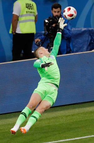 Deep into five minutes of injury time, Jordan Pickford makes a stunning save from a long-distance strike which seemed to be heading for the top corner.