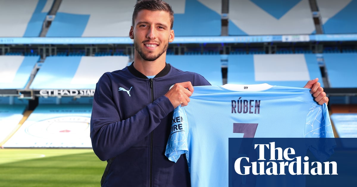 Rúben Dias completes £62m move from Benfica to Manchester City