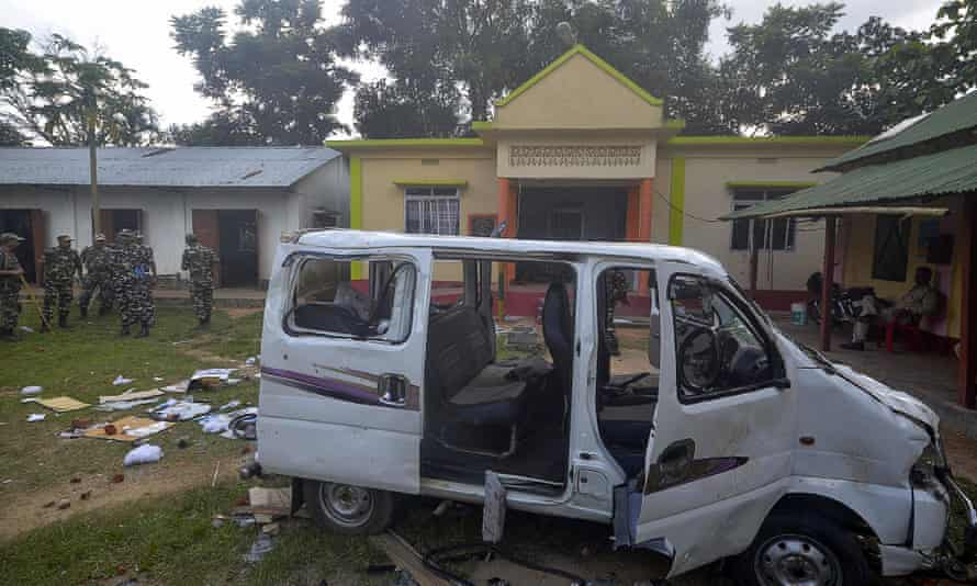 A vehicle damaged when an angry mob lynched one person and injured others in Mohanpur.
