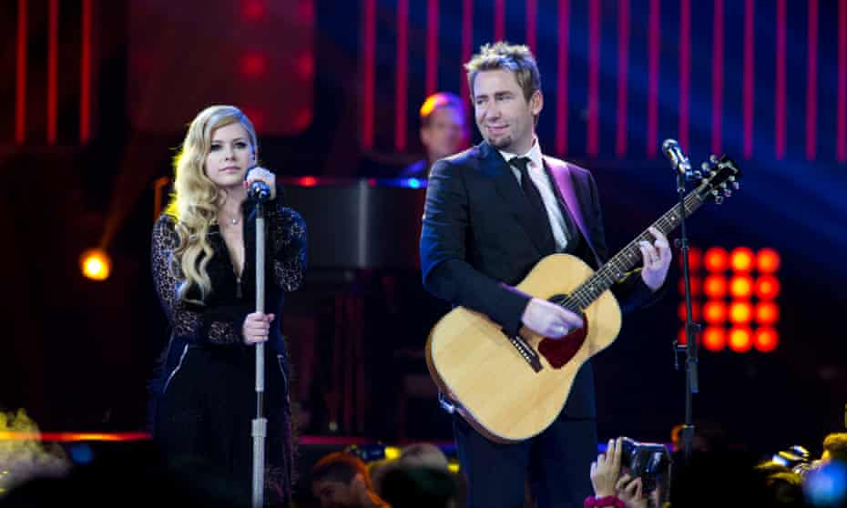 Performing with her ex-husband Chad Kroeger in 2013.