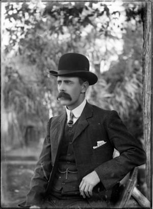 Positive image from a scan of a Powerhouse Museum, Philipps Collection, glass plate negativeA dapper-looking man wearing a bowler hat and three piece suit