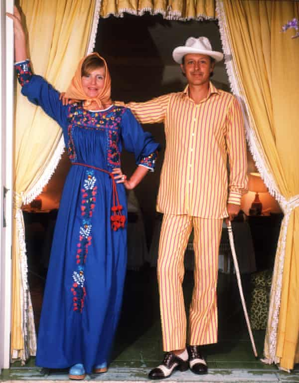 With her husband Colin Tennant, Baron Glenconner, in Mustique, 1973.