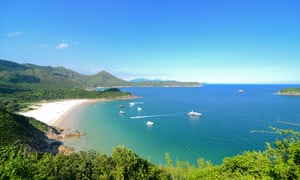 Clear Water Bay, Sai Kung, Hong Kong Global GeoparkClear Water Bay in Sai Kung, Hong Kong, is not only a beach of Hong Kong, but also camping the best place for a picnic.