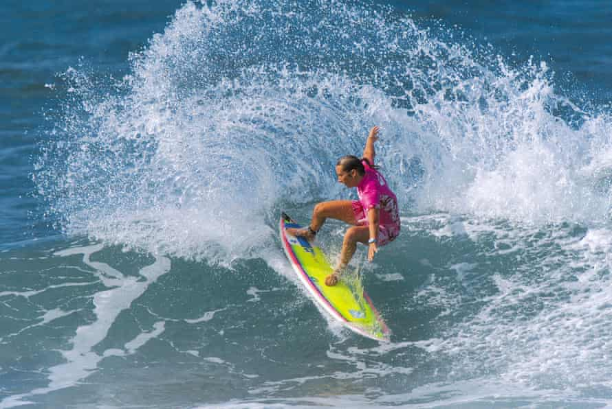 Layne Beachley competing in the Roxy Pro at Haleiwa Alii Beach in Hawaii in 2001.
