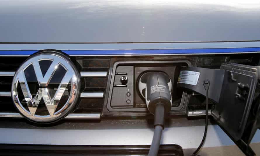 VW Volkswagen Passat electric car