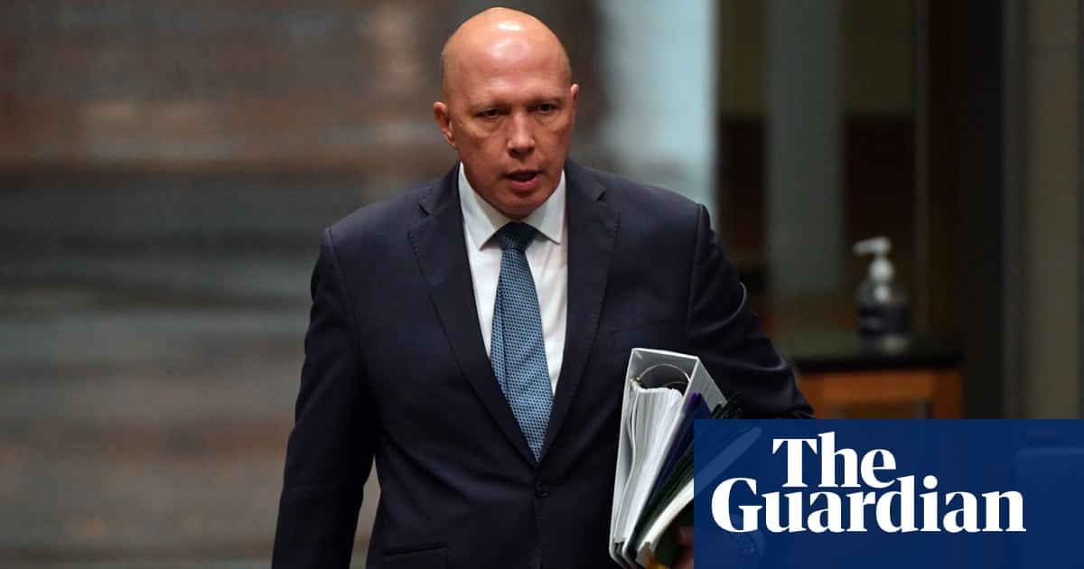 Morning mail: Dutton claims malice, Miami building collapses, space music