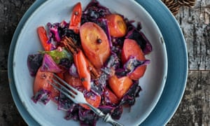 Carrot and red cabbage in orange juice with Sichuan pepper