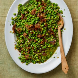 Yotam Ottolenghi's Peas and onions