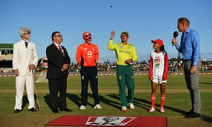 England win the toss and will bowl first.