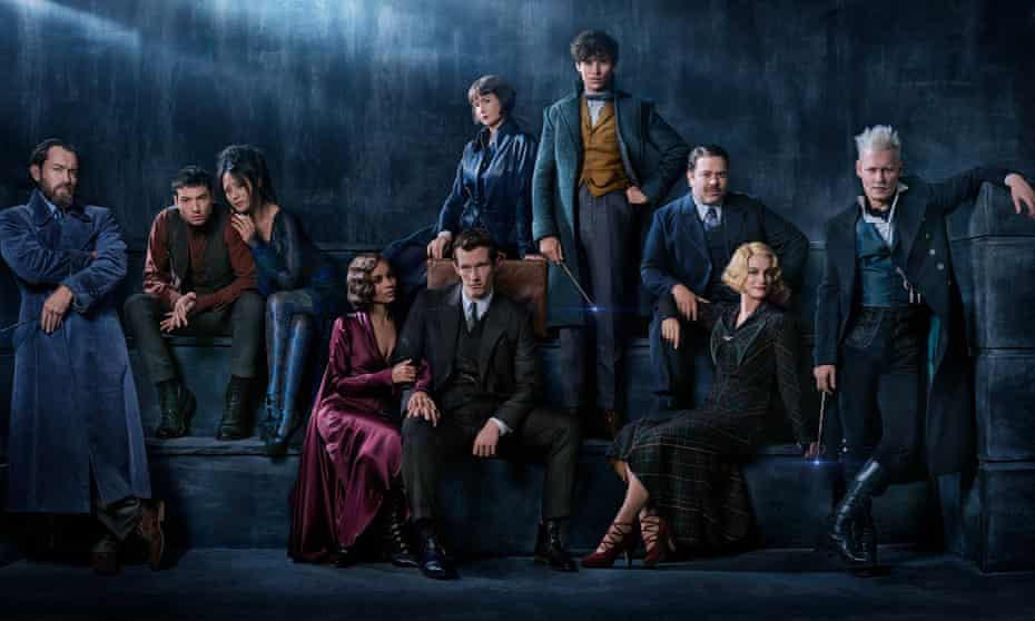 Fantastic Beasts: The Crimes of Grindelwaldcast from Jude to Johnny.