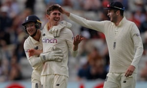 Dan Lawrence celebrates getting the wicket of Will Young.