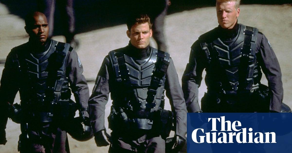 Please, Hollywood, leave Paul Verhoevens Starship Troopers alone