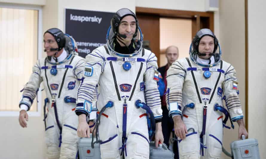 Nasa astronaut Chris Cassidy and Russian cosmonauts Anatoli Ivanishin and Ivan Vagner