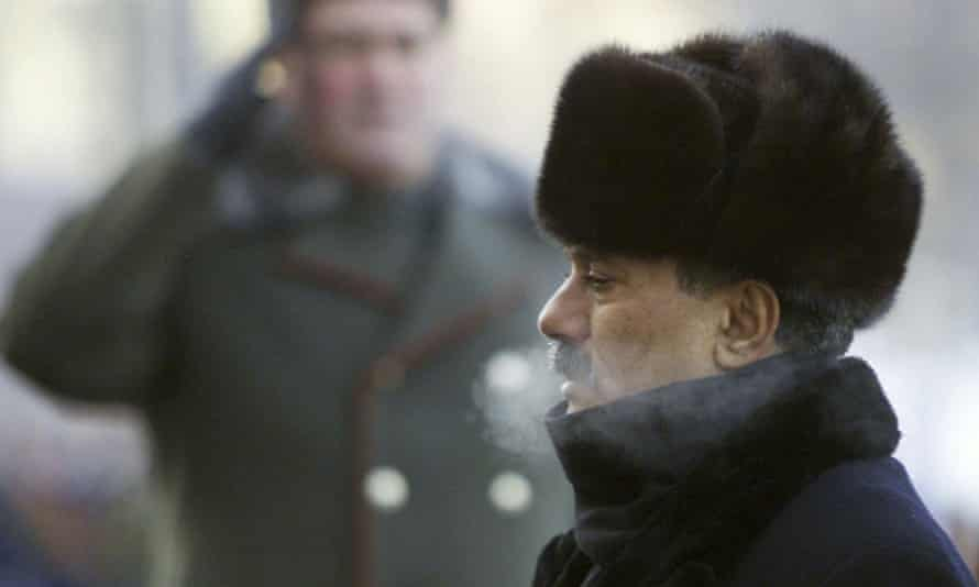Ali Abdullah Saleh pictured during a wreath-laying ceremony in Moscow in 2002.